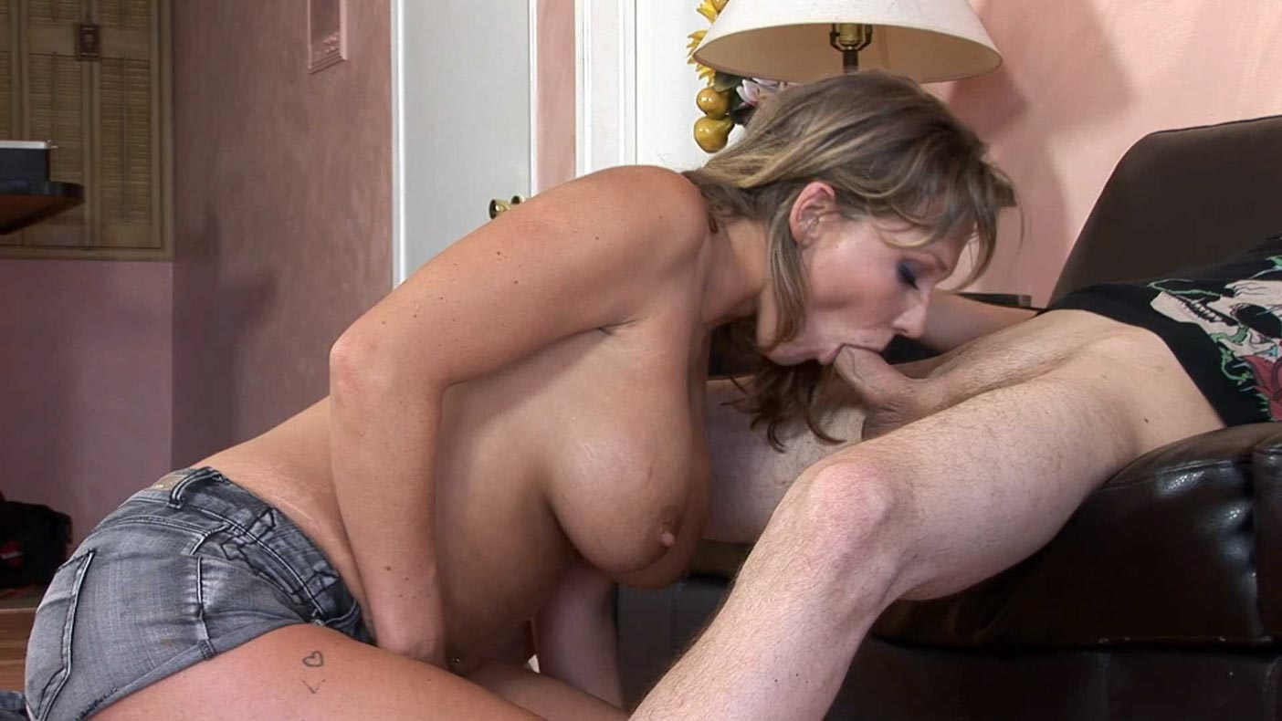 I invite my house Nikki Sexx - to having sex